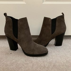 Marc Fisher slip on bootie. Sz 7